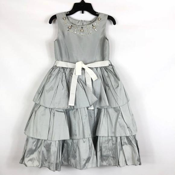 Us angels dresses nwt taffeta silver flower girl dress 5 poshmark nwt us angels taffeta silver flower girl dress 5 mightylinksfo